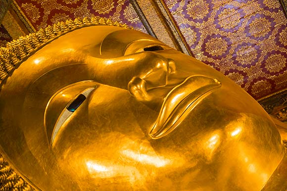 Giant reclining Buddha of Wat Pho