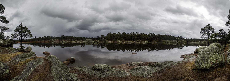 Lake Arareko is a very pretty 'U' shaped lake, all the more dramatic on a cloudy day.