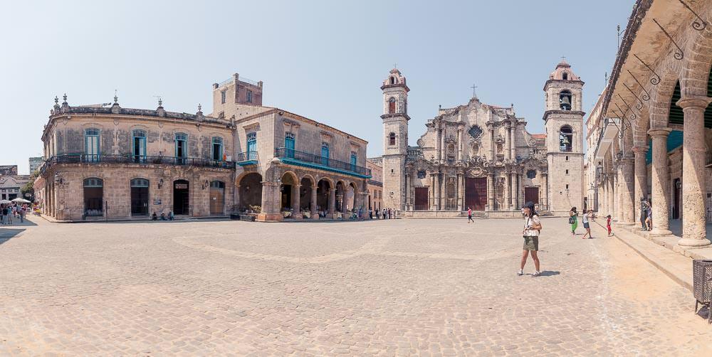The gorgeously restored Plaza de la Catedral.
