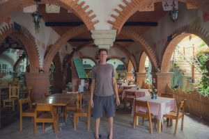 Here's Ben in his part-time gig holding up the ceiling in a restaurant in Teotitlán del Valle.